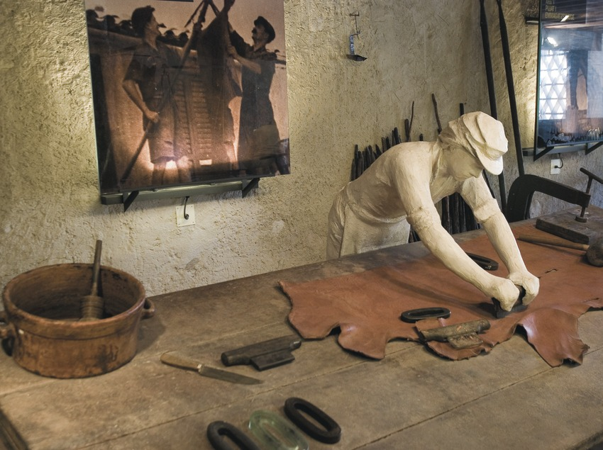 Intérieur du Musée du cuir d'Igualada et régional d'Anoia  (Servicios Editoriales Georama)