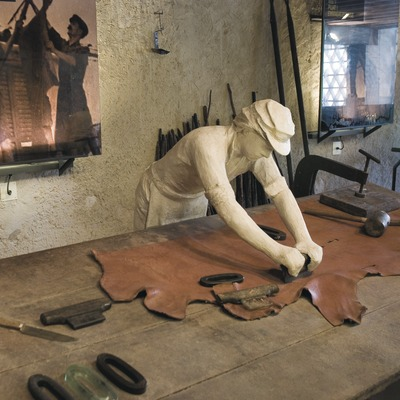 Interior del Museo de la Piel de Igualada y Comarcal de Anoia  (Servicios Editoriales Georama)
