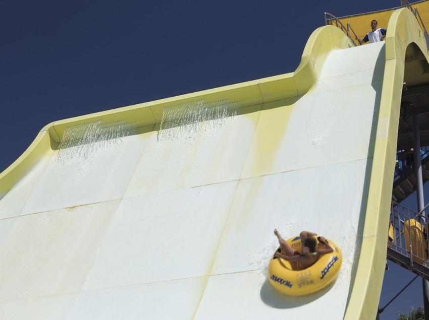 Slide in the Aquopolis water park.  (Nano Cañas)