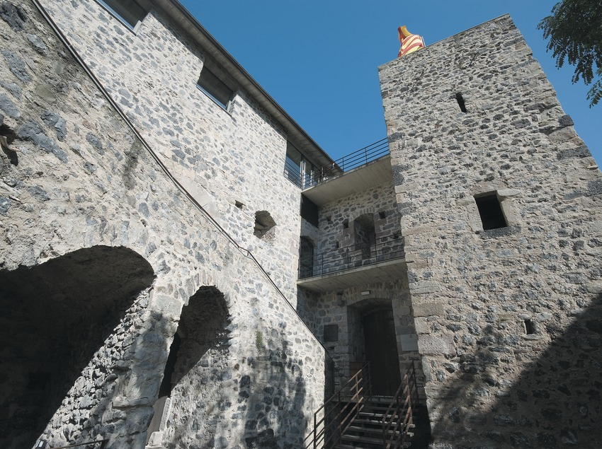 Maison forte de Juvinyà  (Servicios Editoriales Georama)
