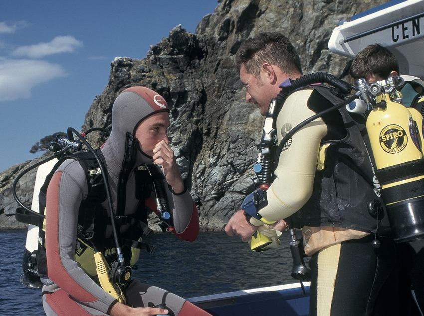 Moniteur de plongée sous-marine. Baie de Roses.