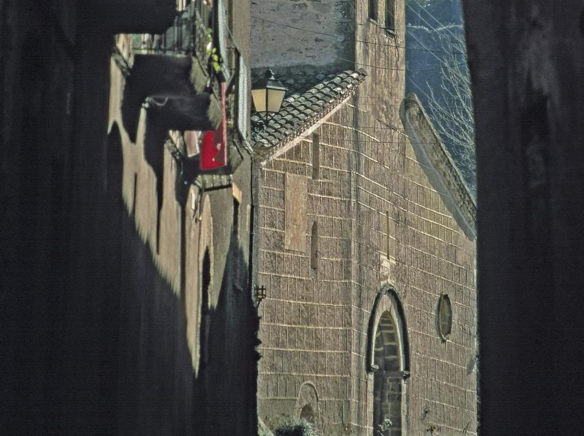 Rue médiévale et église Sant Martí  (Servicios Editoriales Georama)
