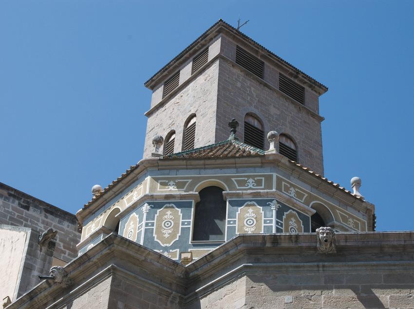 Torre-campanario de la iglesia de Santa Maria  (Servicios Editoriales Georama)