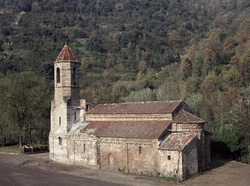 Església del monestir de Sant Joan les Fonts  (Servicios Editoriales Georama)