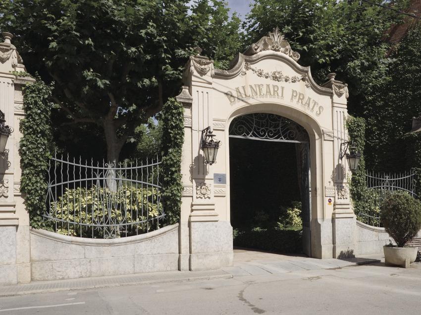 Établissement thermal Prats.  (Nano Cañas)