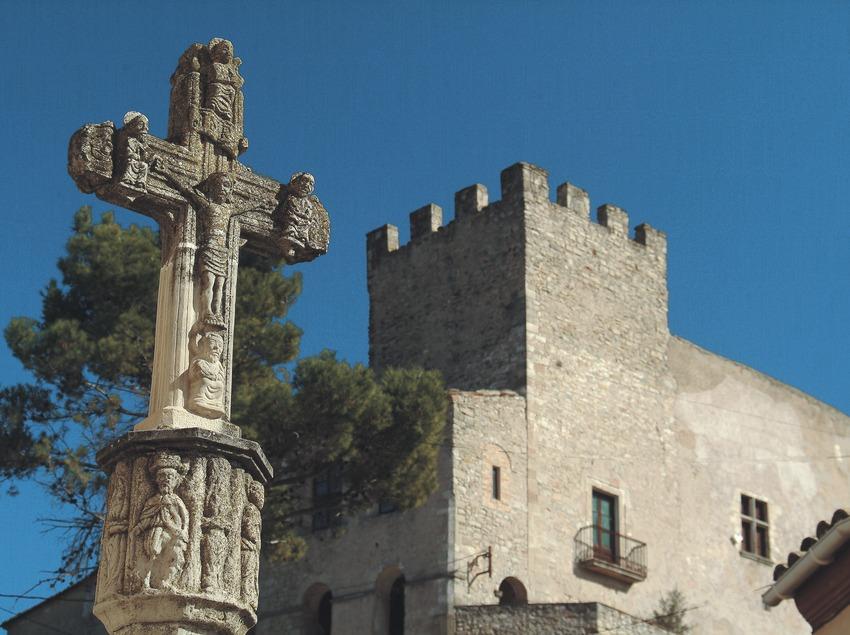 Château et calvaire  (Servicios Editoriales Georama)