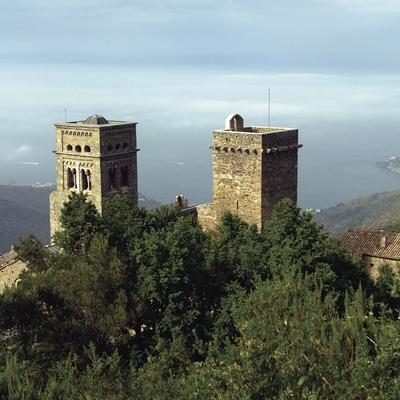 Monestir de Sant Pere de Rodes al Parc Natural del Cap de Creus.