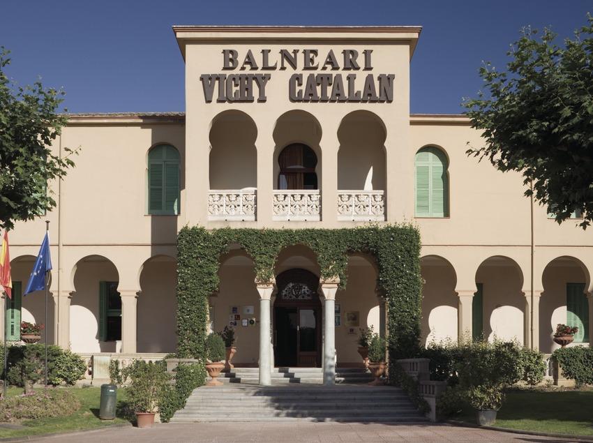 Balneario Vichy Catalán.  (Nano Cañas)