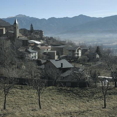 Vista parcial i església de Sant Esteve