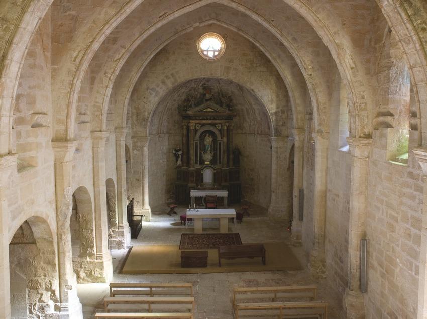 Nave central de la iglesia del Santuario de Sant Salvador  (Miguel Raurich)