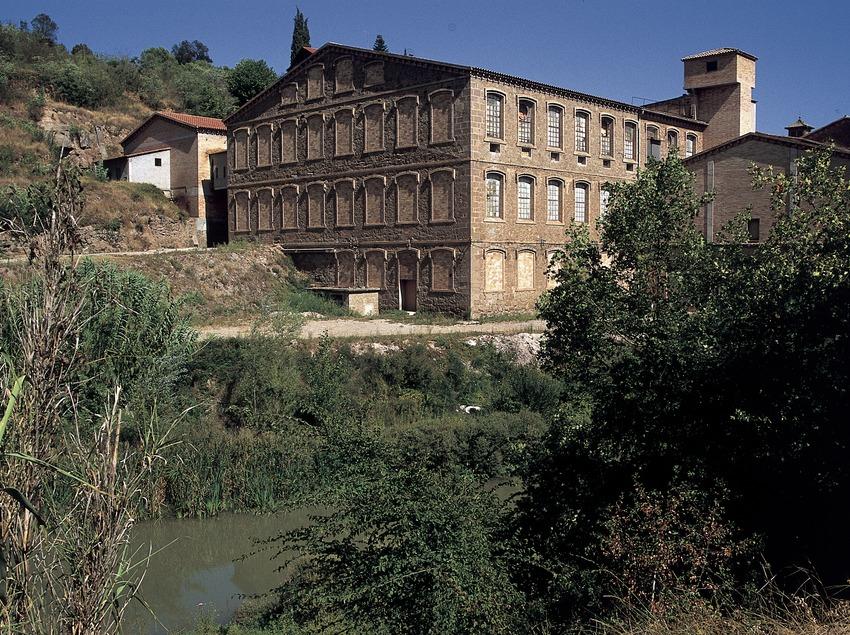 Cal Rosal textile colony.  (Turismo Verde S.L.)
