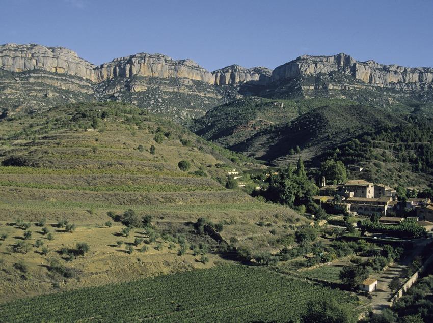 Poblado de Scala Dei y Sierra del Montsant  (Miguel Raurich)