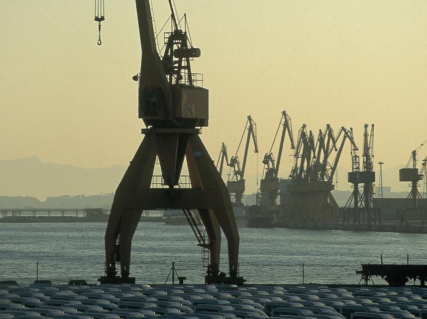 Grua del port  (Servicios Editoriales Georama)