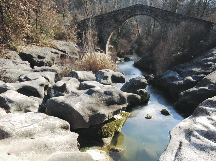 Medieval bridge of Merlès