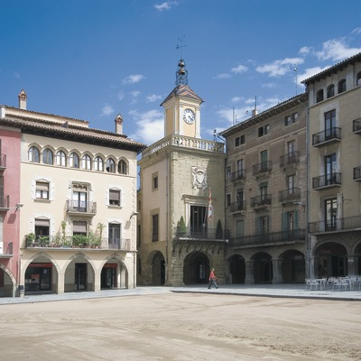 Plaça Major and Town Hall  (Servicios Editoriales Georama)