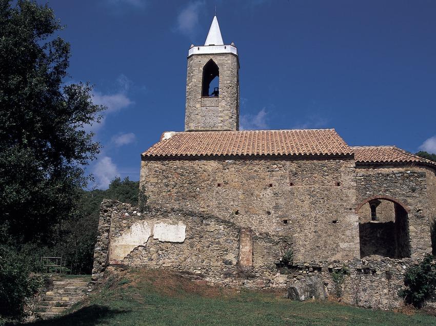 Santa Eulàlia d'Hortsavinyà.  (Turismo Verde S.L.)