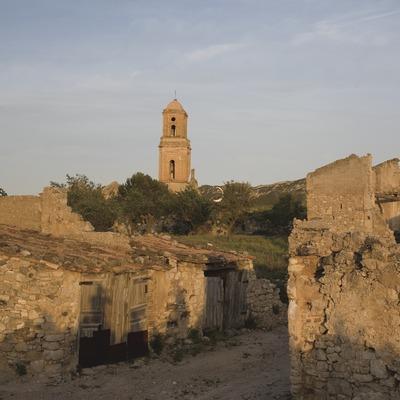 Runes del poble vell devastat a la batalla de l'Ebre  (Miguel Raurich)