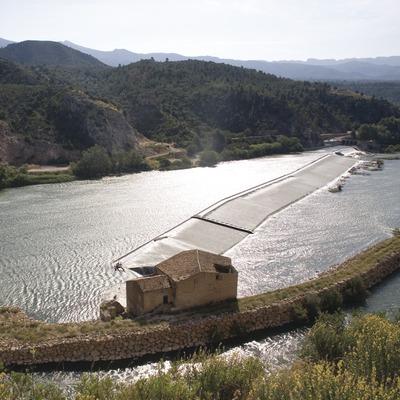 Assut i molí al riu Ebre  (Miguel Raurich)