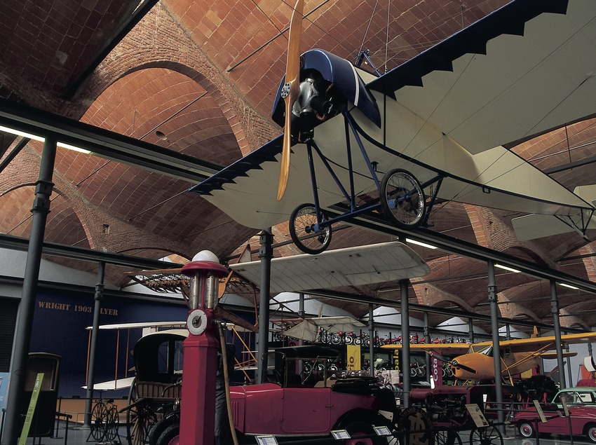Aeroplane and means of transport in the Science and Technology Museum of Catalonia (mNACTEC).