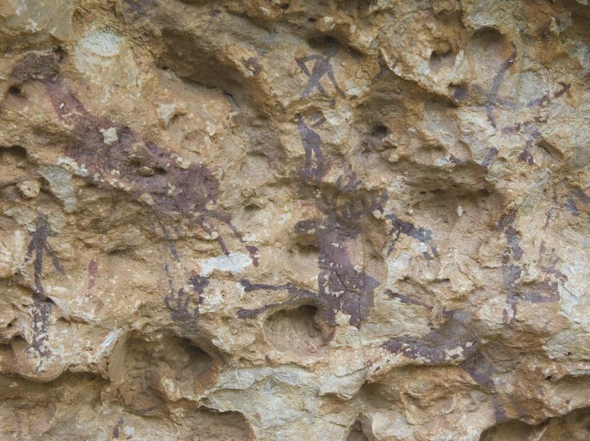 Escena de caça, pintura rupestre a l'Abric I d'Ermites (Miguel Raurich)