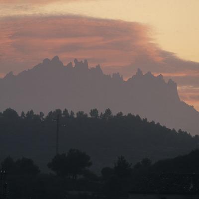 Profile of the Montserrat massif  (Turismo Verde S.L.)