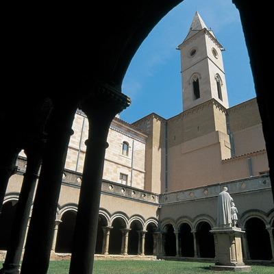 Claustro del monasterio del Bellpuig de les Avellanes  (Servicios Editoriales Georama)