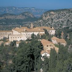Antiguo balneario de la Vall de Cardó construido sobre un antiguo monasterio carmelita