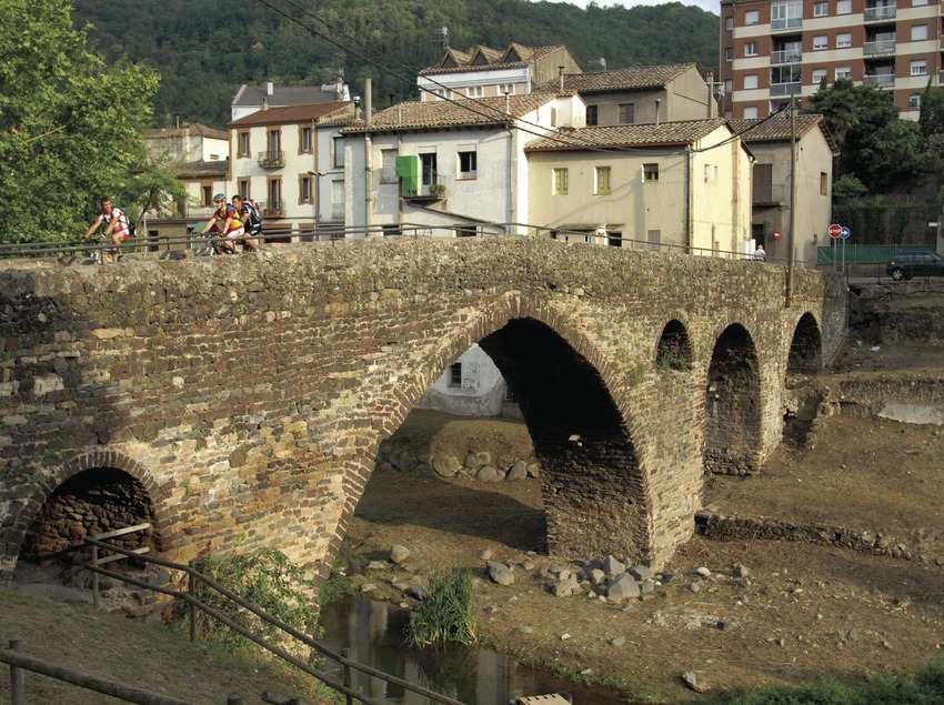 Puente medieval.  (José Luis Rodríguez)